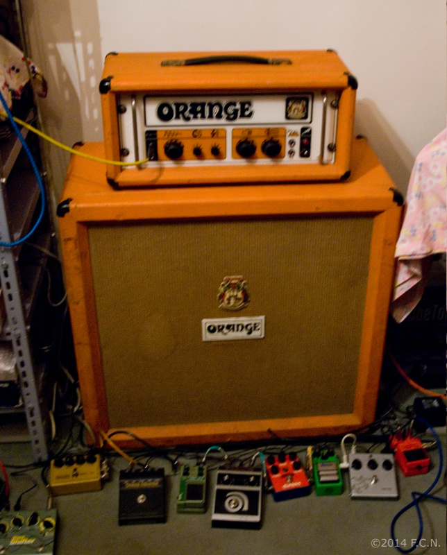 testata Orange GRO100 (1970) - cassa Orange 4x12 (1976)