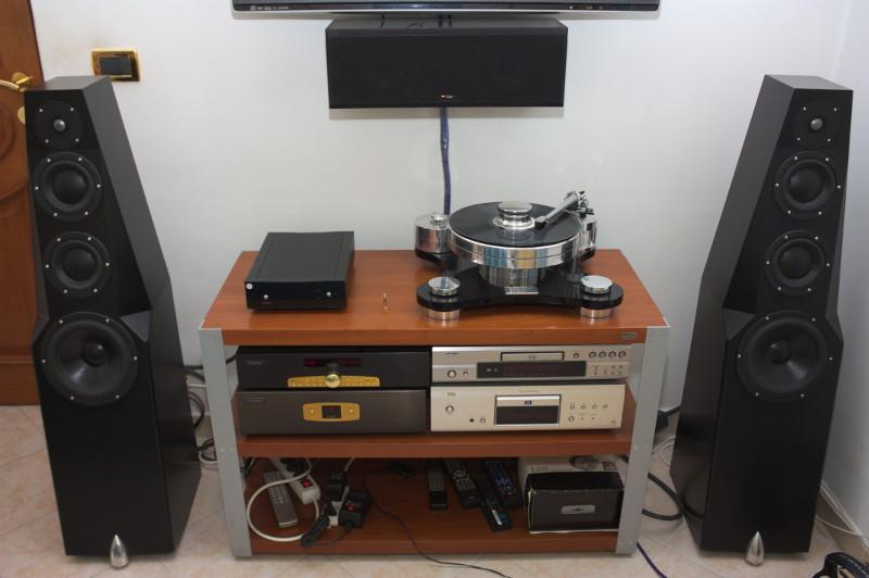 Ascolto impianto totem wind thule audio denon transrotor - Impianto audio casa ...