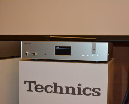 presentazione technics milano 14 aprile 2015. Black Bedroom Furniture Sets. Home Design Ideas